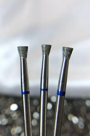 ראש מניקור – חצאית לתיקון נזילות 0.30 (כחול) תוצרת רוסיה