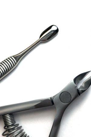 סט צבתית ודוחף עור איכותיים Staleks Nippers & Smart Cuticle Pusher