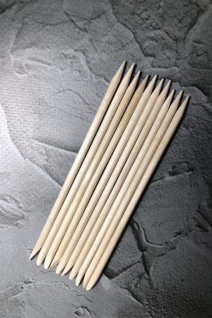 10 יח' מקלות עץ תפוז איכותיים – לניקוי נזילות בג'ל/דחיפת העור