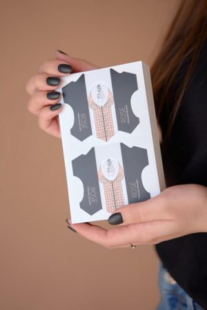 100 תבניות פלסטיק איכותיות וקשיחות ROSE' לבניית ציפורניים/השלמות The Perfect Nail Professional Nail System