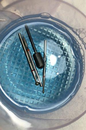 סטריליזטור פלסטיק לחיטוי ראשי מניקור + מכסה (ורוד)